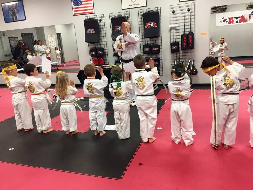 Dupont Taekwondo - health  | Photo 7 of 8 | Address: 8804 Coldwater Rd, Fort Wayne, IN 46825, USA | Phone: (260) 490-1282