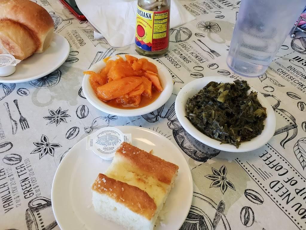 Evelyns - restaurant  | Photo 4 of 8 | Address: 3014 N 74th E Ave, Tulsa, OK 74115, USA | Phone: (918) 835-1212