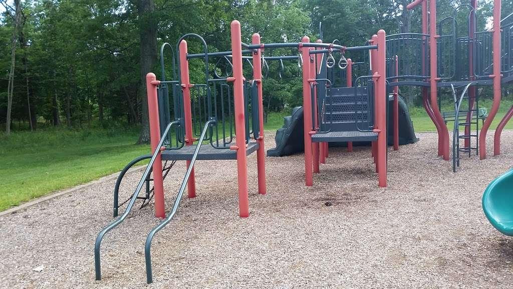 Suskin Park - park    Photo 4 of 10   Address: 91 Haines Ave, Piscataway Township, NJ 08854, USA