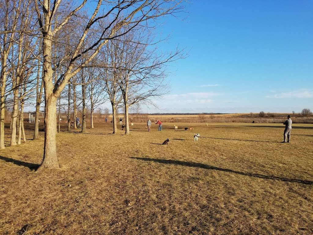 West Main Community And Bark Park - park  | Photo 9 of 10 | Address: 40W101 Main St, Batavia, IL 60510, USA | Phone: (630) 879-5235