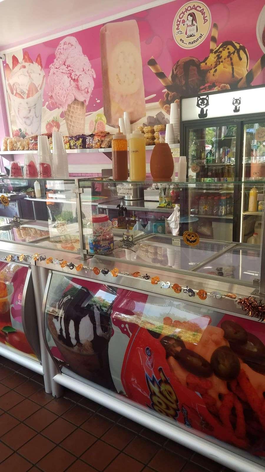 La Michoacana - restaurant  | Photo 4 of 9 | Address: 1600 Scoville Ave, Berwyn, IL 60402, USA | Phone: (708) 637-4363