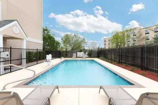 Microtel Inn & Suites by Wyndham Baton Rouge Airport - lodging    Photo 3 of 10   Address: 3444 Harding Blvd, Baton Rouge, LA 70807, USA   Phone: (225) 356-9191