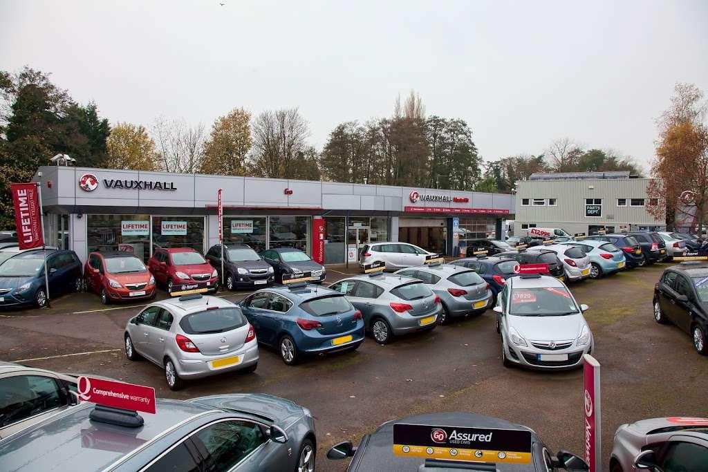 GO Vauxhall Sevenoaks - car dealer  | Photo 7 of 10 | Address: Mill Rd, Dunton Green, Sevenoaks TN13 2UZ, UK | Phone: 01732 449947