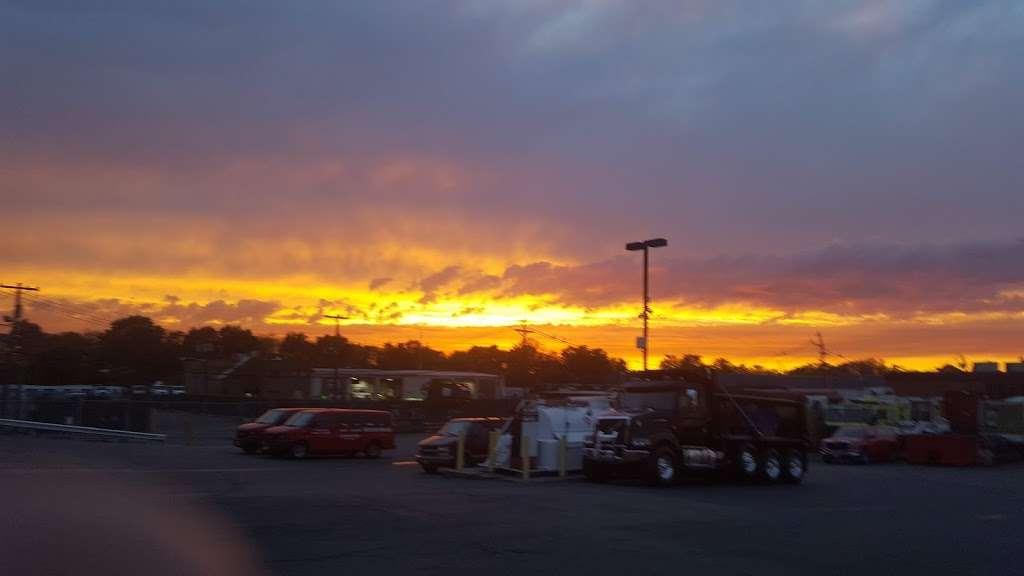 M B Truck Repair Services LLC - car repair  | Photo 1 of 1 | Address: 101 Broad Ave, Fairview, NJ 07022, USA | Phone: (201) 926-0770