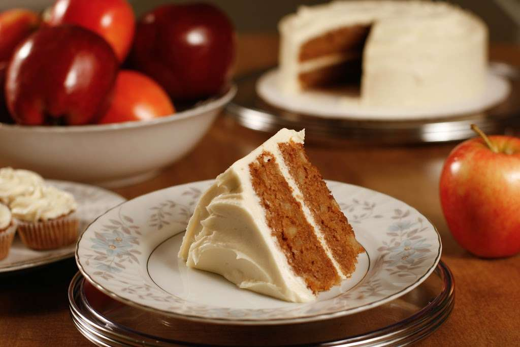 Mortgage Apple Cakes Bakery & Café - bakery    Photo 6 of 10   Address: 740 Chestnut Ave, Teaneck, NJ 07666, USA   Phone: (201) 371-3121