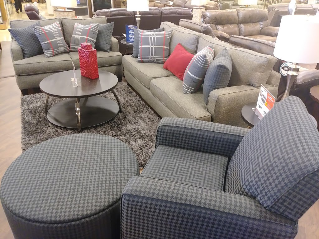 Conns HomePlus - furniture store  | Photo 6 of 10 | Address: 19746 I-45, Spring, TX 77373, USA | Phone: (281) 907-7139