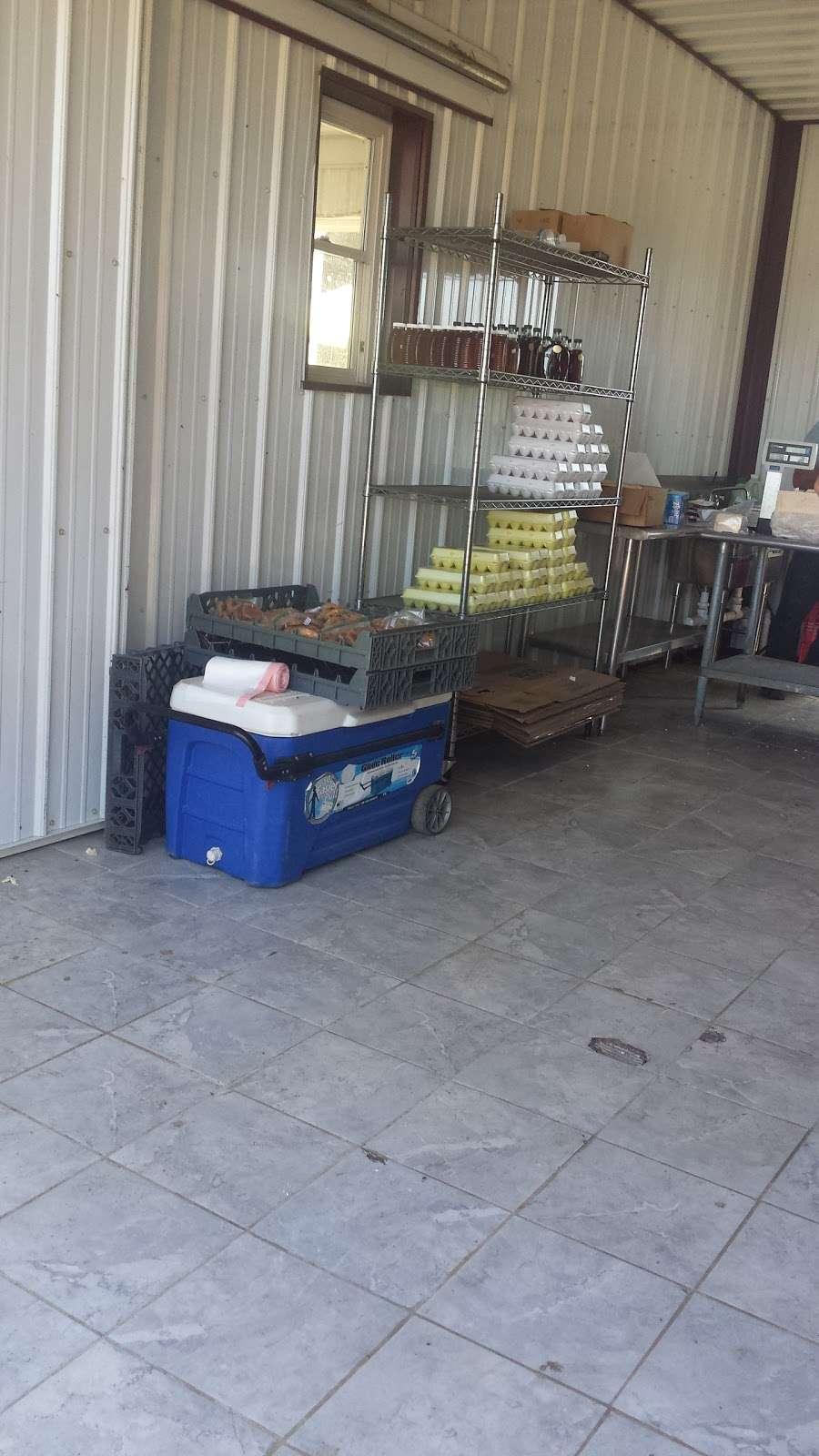 Amish meat John Wye - store  | Photo 7 of 10 | Address: 37404 Westham Ln, Mechanicsville, MD 20659, USA | Phone: (240) 707-1269