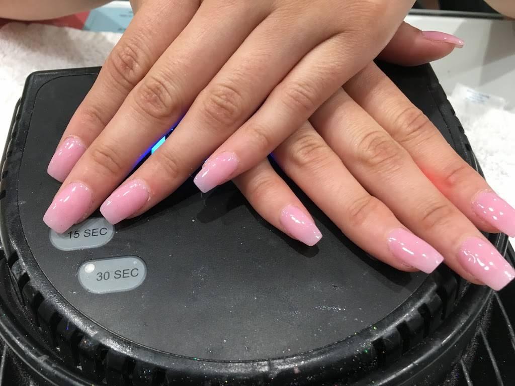 Angels Hair And Nails - hair care  | Photo 5 of 8 | Address: 4827 Paramount Blvd, Lakewood, CA 90712, USA | Phone: (562) 422-9468