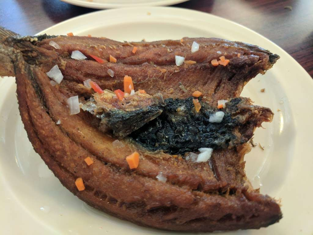 Rene Rose Island Cuisine - restaurant  | Photo 6 of 10 | Address: 621 Caliente Dr, Sunnyvale, CA 94085, USA | Phone: (408) 733-3691