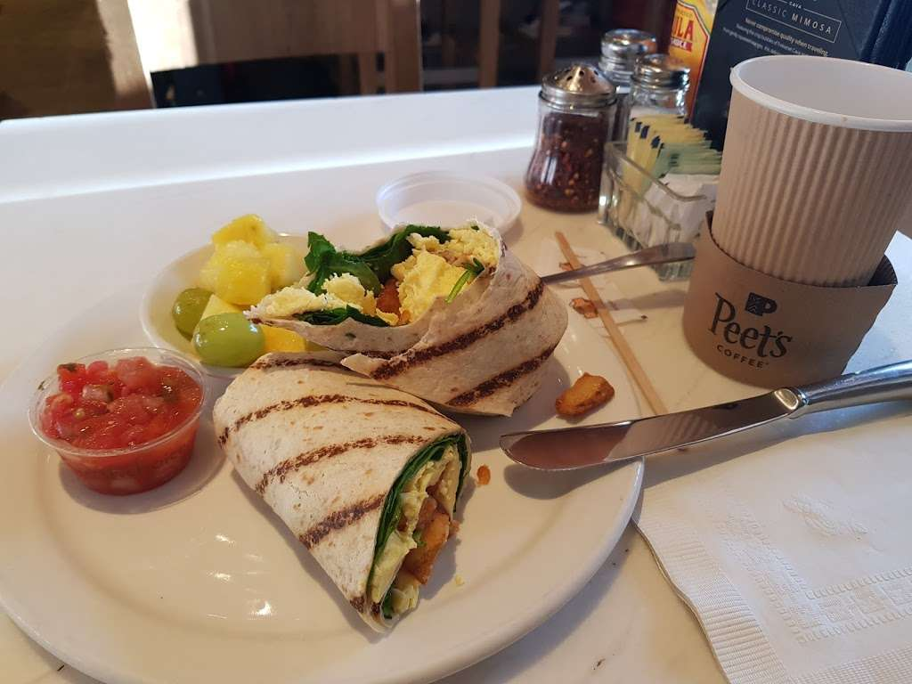 Peets Coffee - cafe    Photo 1 of 10   Address: 300 World Way, Los Angeles, CA 90045, USA