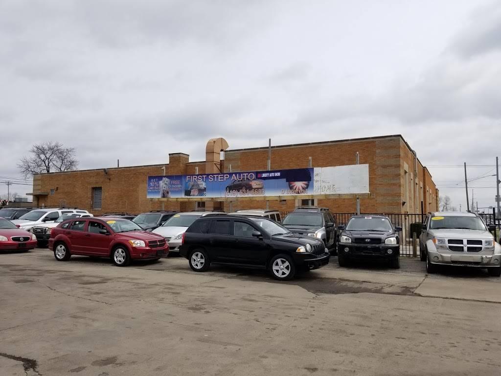 First Step Auto Finance - car dealer  | Photo 2 of 9 | Address: 3338 Dorr St, Toledo, OH 43607, USA | Phone: (419) 531-6633