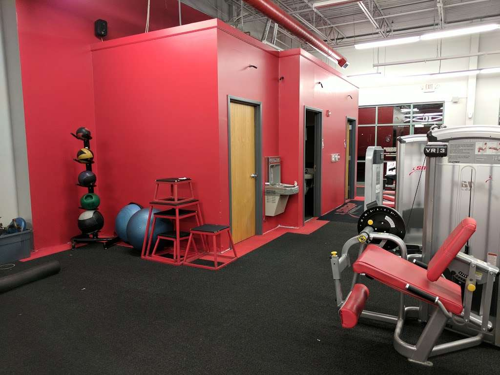 Snap Fitness - gym  | Photo 3 of 10 | Address: 881 SW Lemans Ln, Lees Summit, MO 64082, USA | Phone: (816) 623-9775