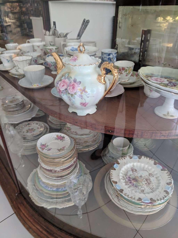 Luckybird Bakery - bakery  | Photo 10 of 10 | Address: 163 Montrose Ave, Brooklyn, NY 11206, USA | Phone: (917) 412-9455