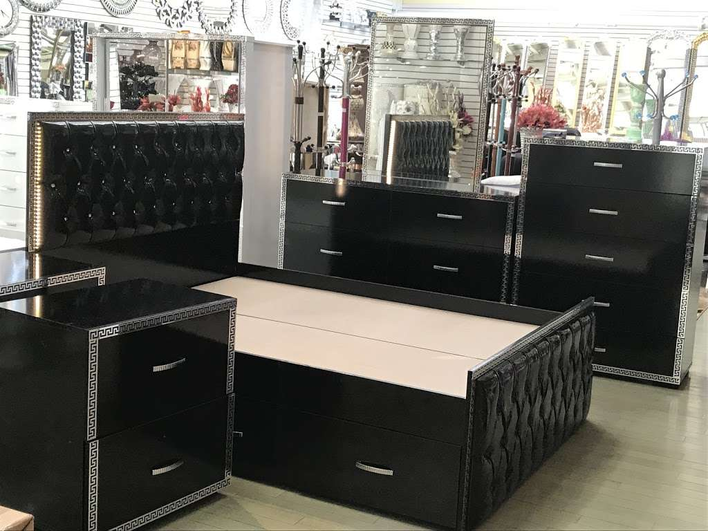 Harlem Furniture - furniture store  | Photo 4 of 10 | Address: 560 Exterior Street, Bronx, NY 10451, USA | Phone: (718) 401-1900