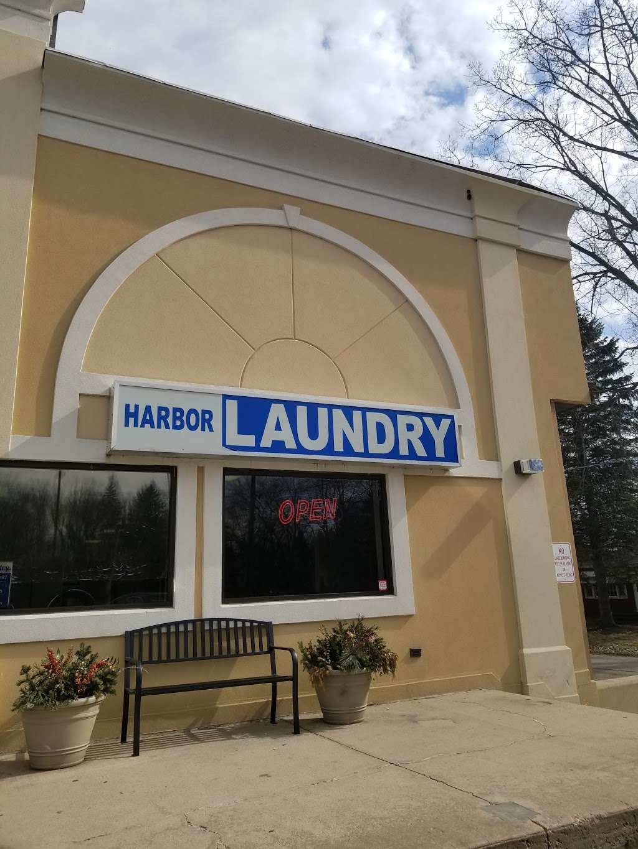 Harbor Laundry - laundry  | Photo 1 of 2 | Address: 1249 Sheridan Rd, Winthrop Harbor, IL 60096, USA | Phone: (847) 246-4175