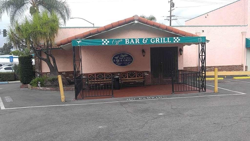 Ozzies Diner - restaurant    Photo 3 of 10   Address: 7780 Slauson Ave, Commerce, CA 90040, USA   Phone: (323) 726-0300
