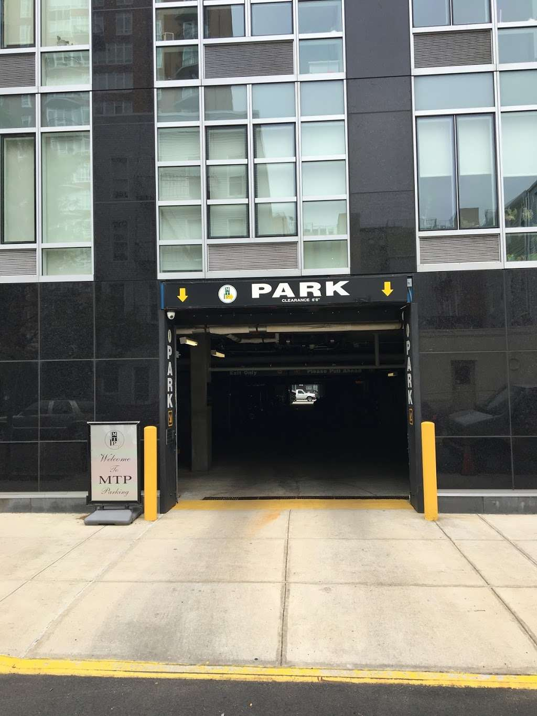 Maven Car Sharing - car rental  | Photo 1 of 4 | Address: 568 Union Ave, Brooklyn, NY 11206, USA | Phone: (844) 446-2836