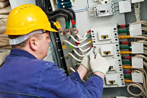Greenpoint Electric - electrician  | Photo 1 of 2 | Address: 133 Sutton St, Brooklyn, NY 11222, USA | Phone: (929) 283-4017