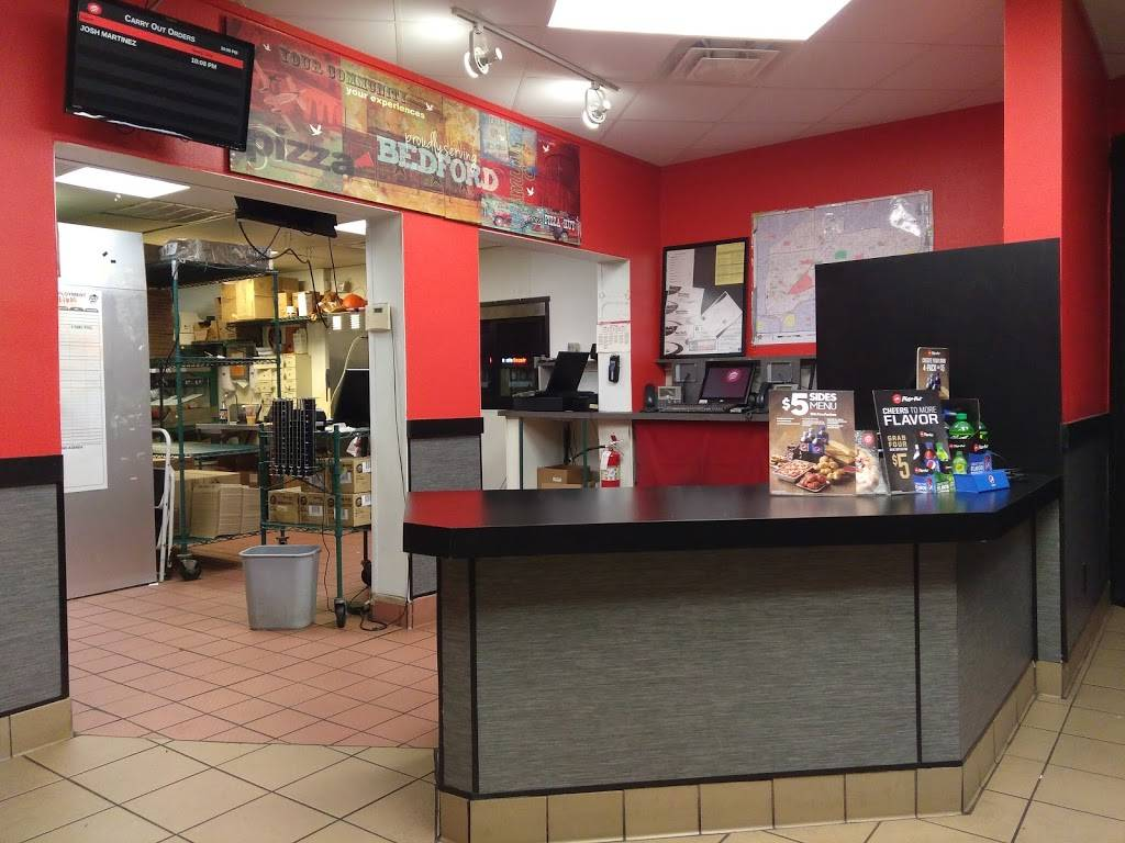 Pizza Hut - meal delivery  | Photo 2 of 9 | Address: 233 Harwood Rd, Bedford, TX 76021, USA | Phone: (817) 581-3700