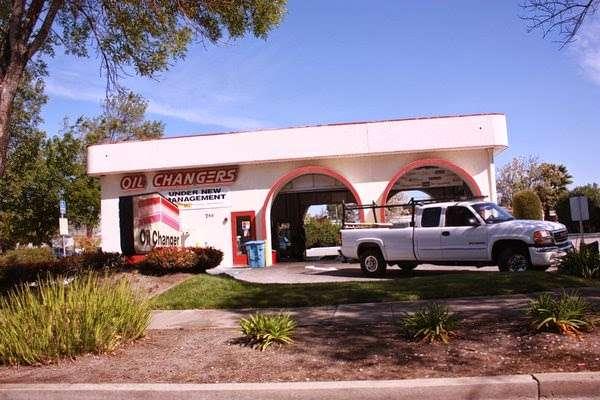 Oil Changers - car repair  | Photo 2 of 10 | Address: 780 San Antonio Rd, Palo Alto, CA 94303, USA | Phone: (650) 494-8353