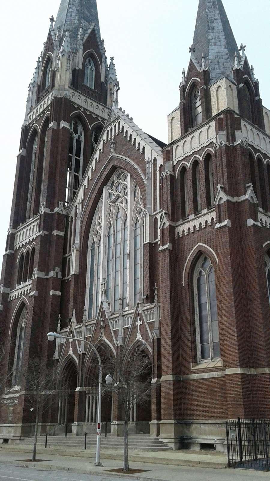 St. Michael the Archangel Roman Catholic Church - church  | Photo 10 of 10 | Address: 8237 S South Shore Dr, Chicago, IL 60617, USA | Phone: (773) 734-4921