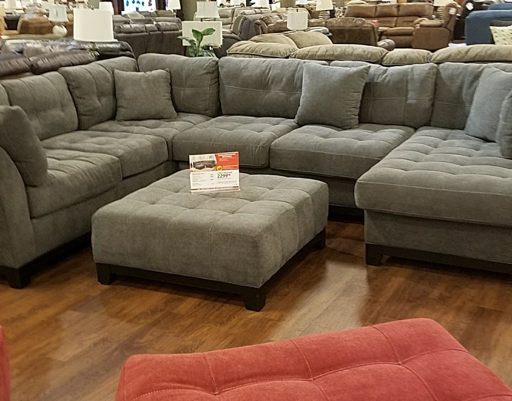 Conns HomePlus - furniture store  | Photo 3 of 10 | Address: 19746 I-45, Spring, TX 77373, USA | Phone: (281) 907-7139