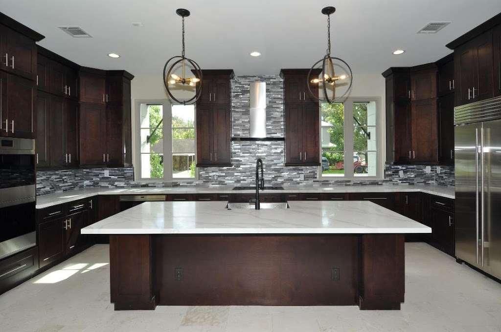 Adila Cabinets LLC - furniture store    Photo 2 of 9   Address: 2115 61st St #108B, Galveston, TX 77551, USA   Phone: (409) 741-7772