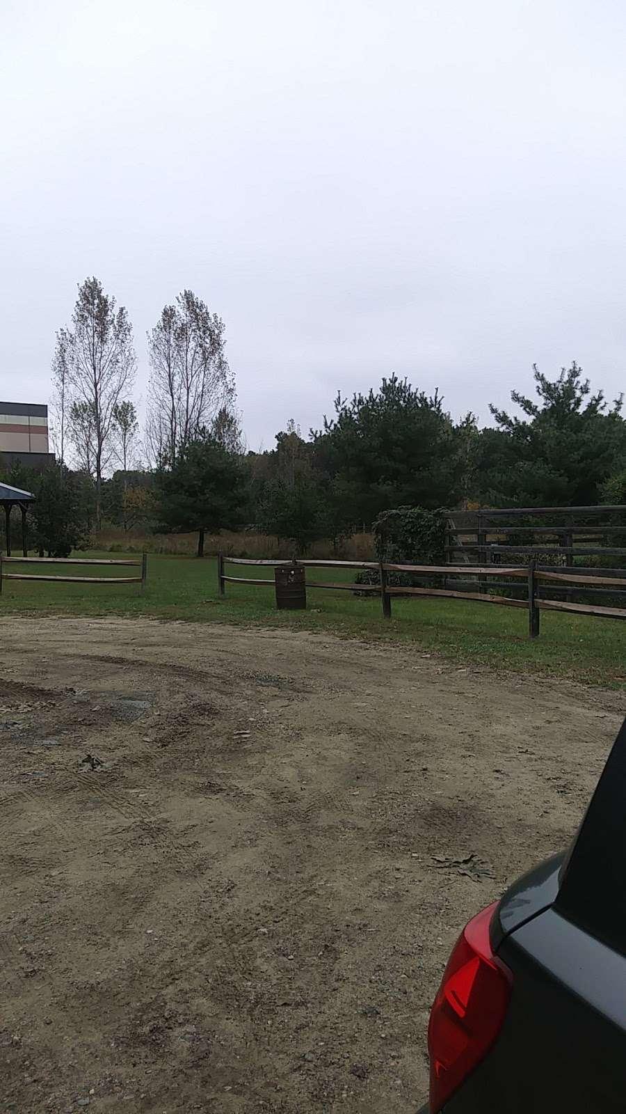 Wheelabrator Wildlife Refuge and Butterfly Garden - park  | Photo 5 of 8 | Address: West Deptford, NJ 08093, USA | Phone: (856) 742-1484