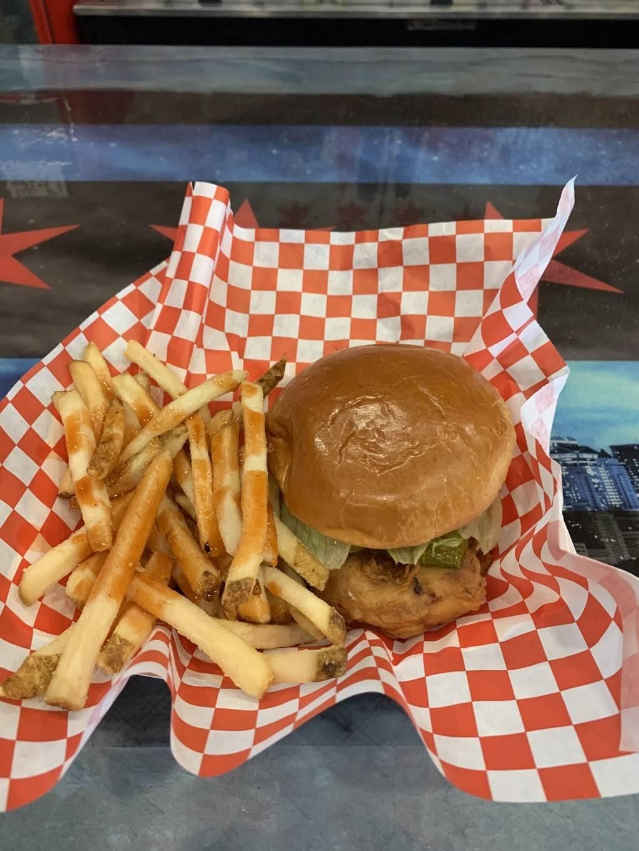 Rwingz - restaurant  | Photo 1 of 10 | Address: 18914 E San Tan Blvd, Queen Creek, AZ 85142, USA | Phone: (480) 774-6910