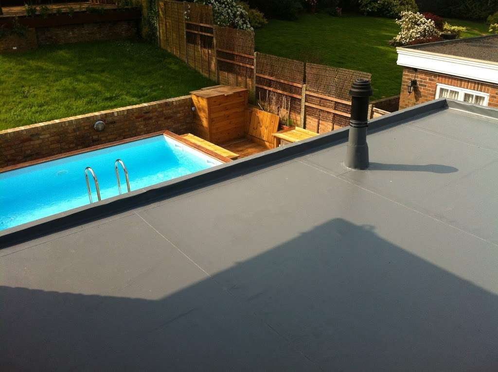DF Roofing - roofing contractor    Photo 10 of 10   Address: Unit 9 Gary Owen Farm, Horndon on the Hill, Stanford-le-Hope SS17 8QB, UK   Phone: 01268 906242