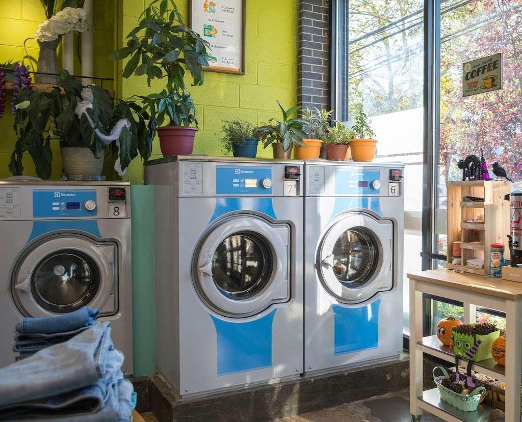 Lemon Laundry - laundry  | Photo 5 of 10 | Address: 60-11 39th Ave, Woodside, NY 11377, USA | Phone: (917) 832-7407