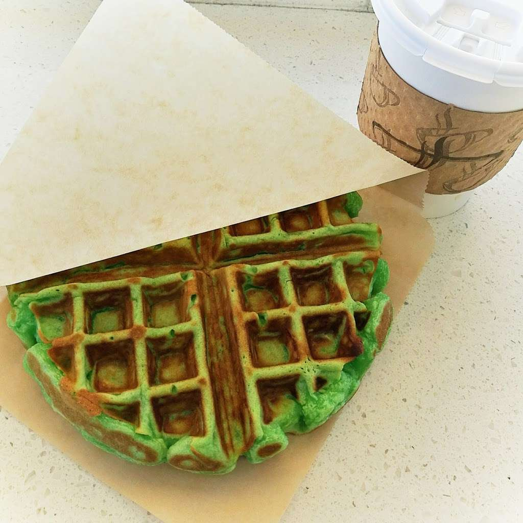 ThirsTea - cafe    Photo 6 of 10   Address: 6585 Commerce Blvd, Rohnert Park, CA 94928, USA   Phone: (707) 303-7868