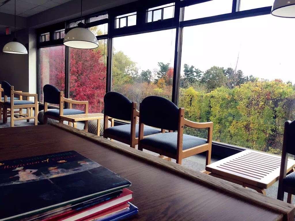 Jericho Public Library - library  | Photo 7 of 10 | Address: 1 Merry Ln, Jericho, NY 11753, USA | Phone: (516) 935-6790