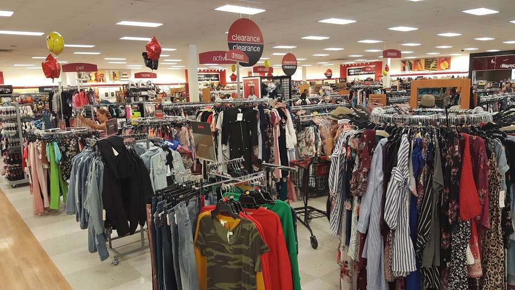 T.J. Maxx - department store  | Photo 1 of 10 | Address: 1401 Hawthorne Blvd, Redondo Beach, CA 90278, USA | Phone: (310) 214-3212