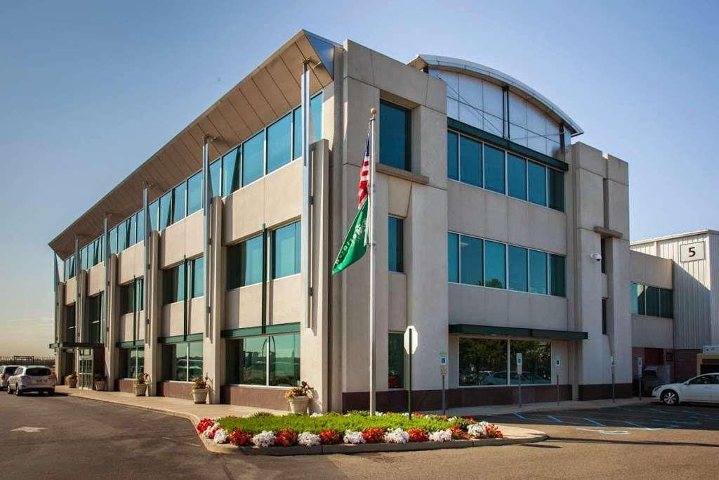 Meridian - airport  | Photo 2 of 10 | Address: 485 Industrial Ave, Teterboro, NJ 07608, USA | Phone: (201) 288-5040
