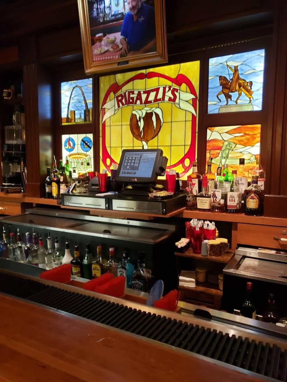 Rigazzis - restaurant  | Photo 5 of 10 | Address: 4945 Daggett Ave, St. Louis, MO 63110, USA | Phone: (314) 772-4900