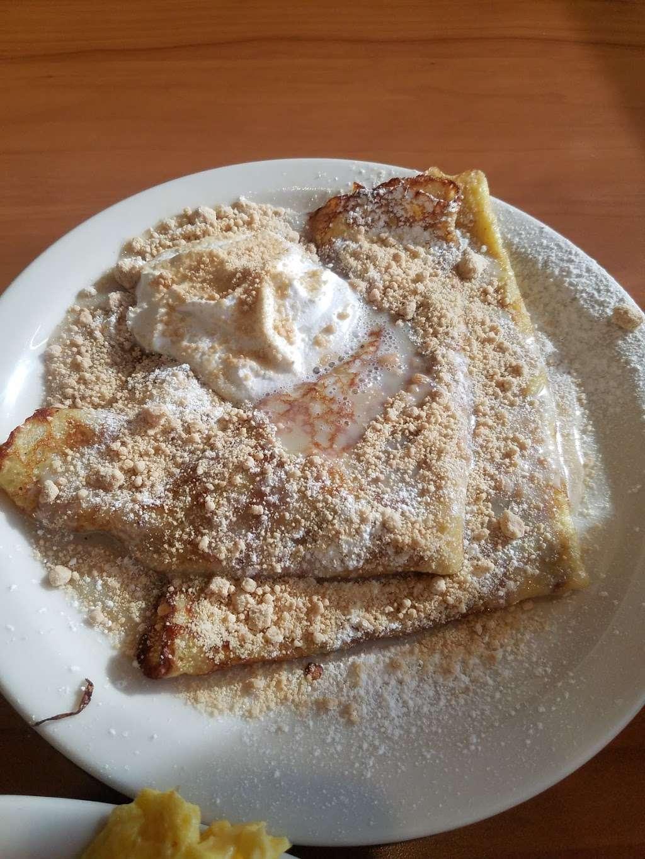 Loaded Cafe Restaurants Bellflower - cafe  | Photo 4 of 10 | Address: 15700 Bellflower Blvd, Bellflower, CA 90706, USA | Phone: (562) 210-5467