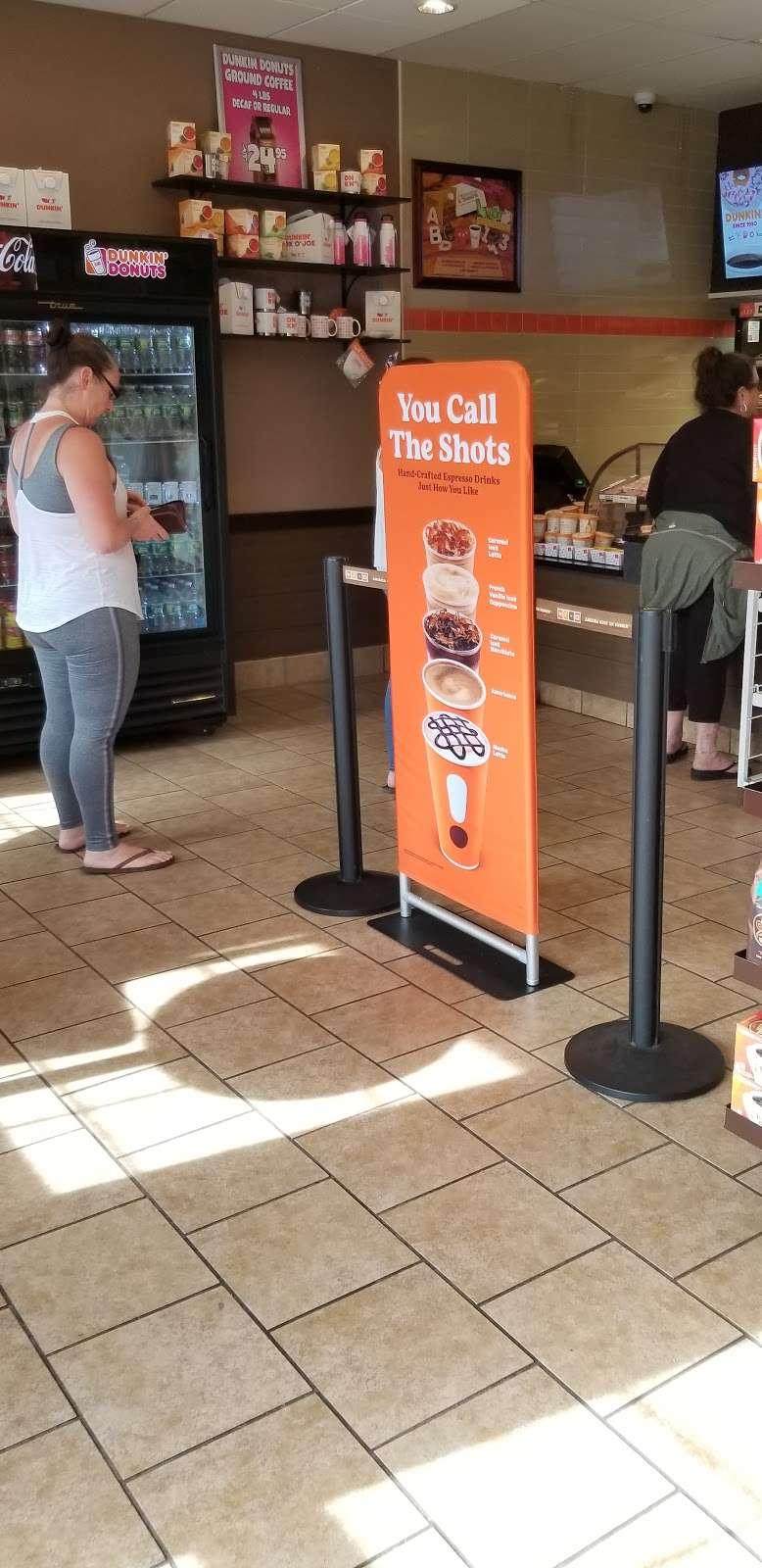 Dunkin - bakery  | Photo 7 of 10 | Address: 60 Broadway, Hillsdale, NJ 07642, USA | Phone: (201) 203-3327