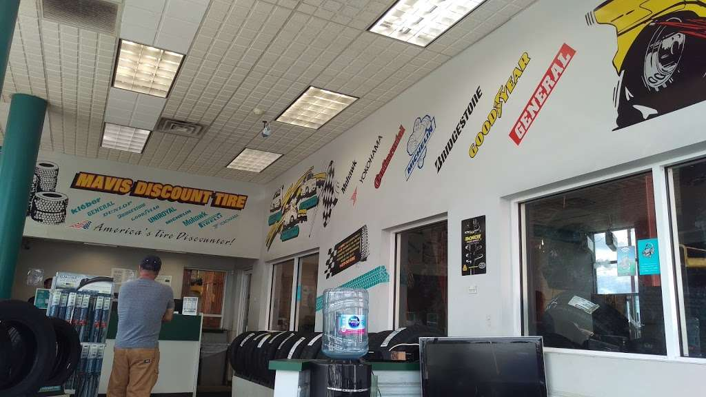 Mavis Discount Tire - car repair  | Photo 7 of 10 | Address: 779 Central Park Ave, South Dr, Yonkers, NY 10704, USA | Phone: (914) 966-3400