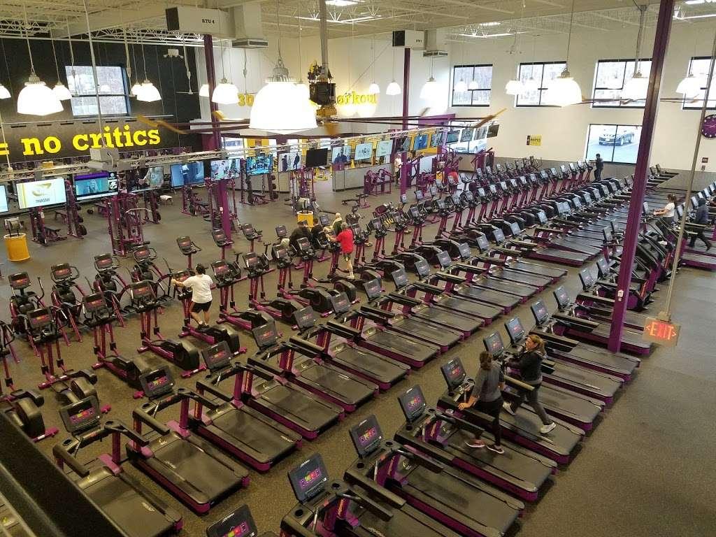 Planet Fitness 22585 Fitness Court Sterling Va 20166 Usa