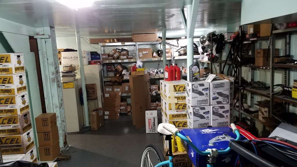 Jose Ordonez Auto Repair and Body Shop - car repair  | Photo 3 of 10 | Address: 88-43 76th Ave, Glendale, NY 11385, USA | Phone: (718) 896-0900
