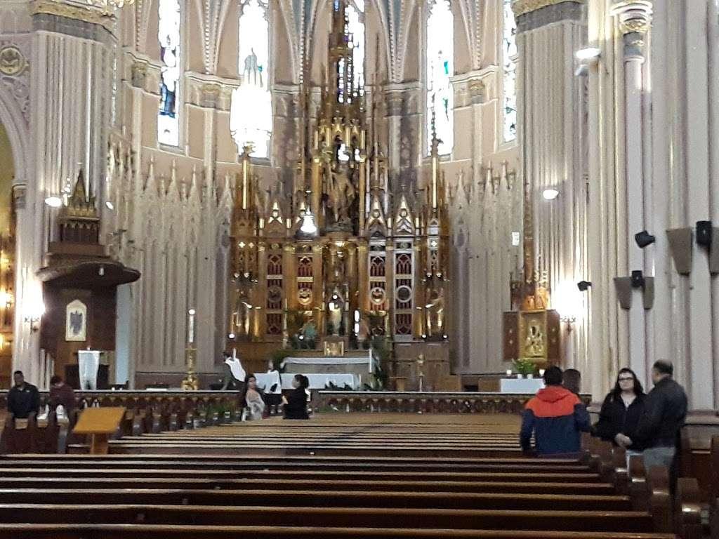 St. Michael the Archangel Roman Catholic Church - church  | Photo 5 of 10 | Address: 8237 S South Shore Dr, Chicago, IL 60617, USA | Phone: (773) 734-4921