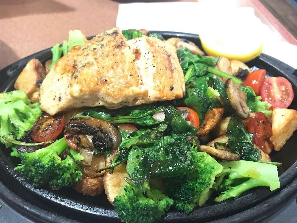 Dennys - restaurant  | Photo 6 of 10 | Address: 6920 S Fry Rd, Katy, TX 77494, USA | Phone: (281) 347-1333