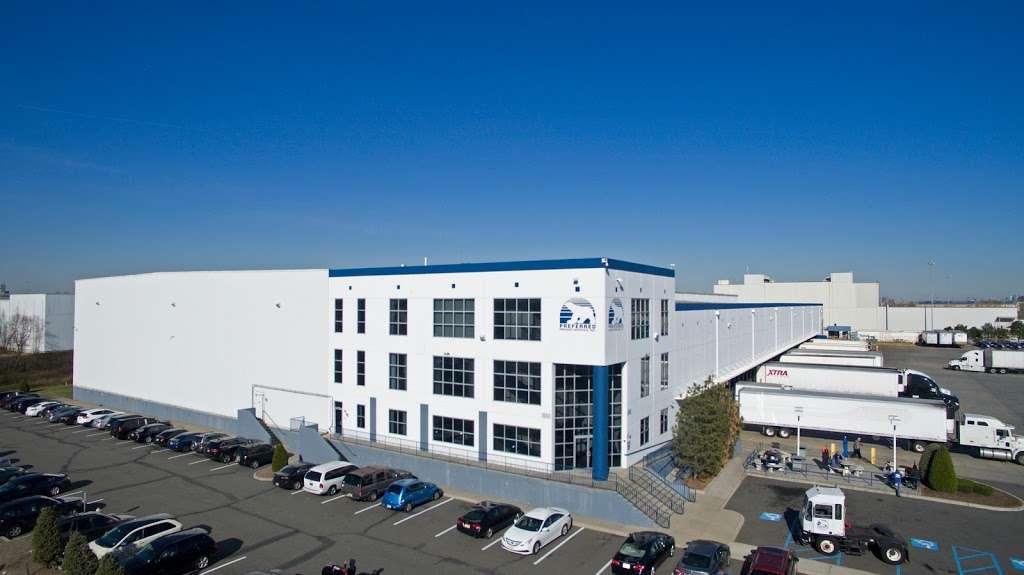 Preferred Freezer Services - storage  | Photo 1 of 10 | Address: 100 Polar Way, Jersey City, NJ 07305, USA | Phone: (201) 915-3800