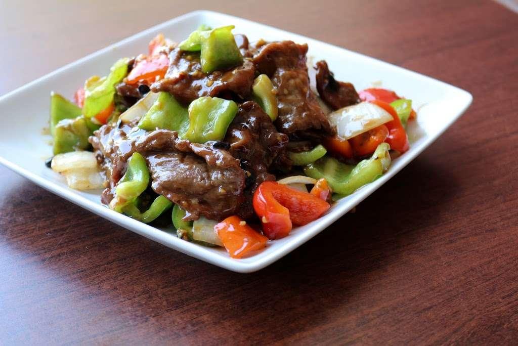 Tasty Wok Cuisine - meal delivery  | Photo 6 of 10 | Address: 11628 Santa Monica Blvd #7, Los Angeles, CA 90025, USA | Phone: (310) 826-0900