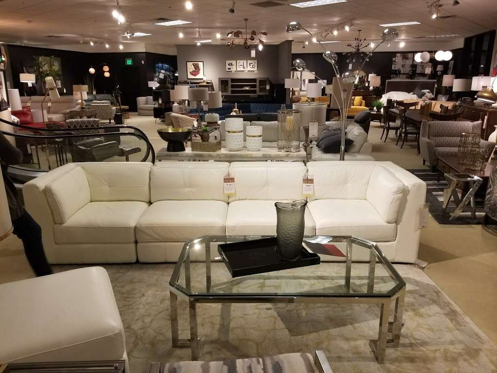 Star Furniture - furniture store  | Photo 6 of 10 | Address: 20010 Gulf Fwy, Webster, TX 77598, USA | Phone: (281) 338-2471