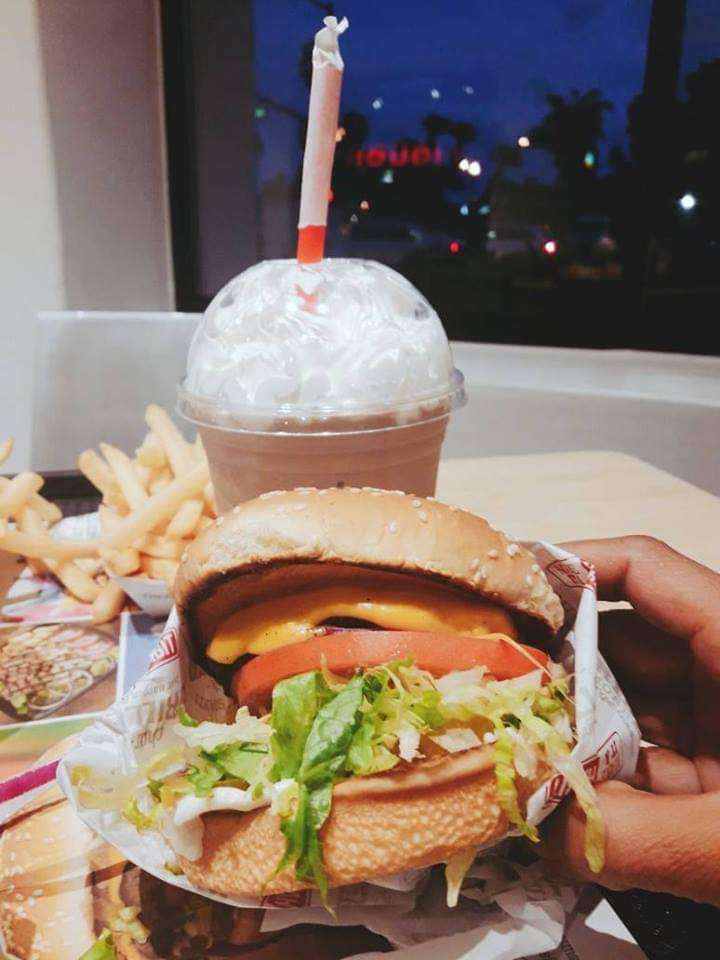 McDonalds - cafe  | Photo 5 of 10 | Address: 1419 W Redondo Beach Blvd, Gardena, CA 90247, USA | Phone: (310) 324-8619