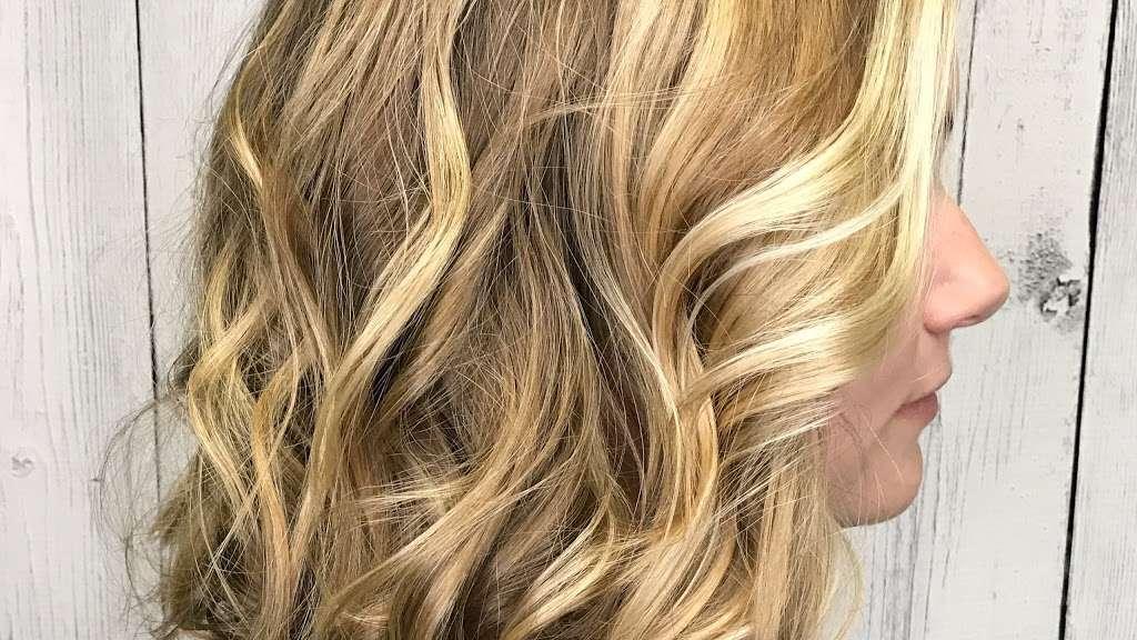 Bab & Company Hairdesigners - hair care  | Photo 4 of 10 | Address: 12528 N Gray Road, Carmel, IN 46033, USA | Phone: (317) 844-8885