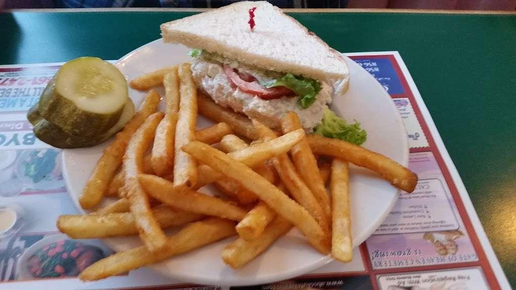 Oceanos - restaurant  | Photo 6 of 9 | Address: 222 Haddon Ave, West Berlin, NJ 08091, USA | Phone: (856) 768-7711