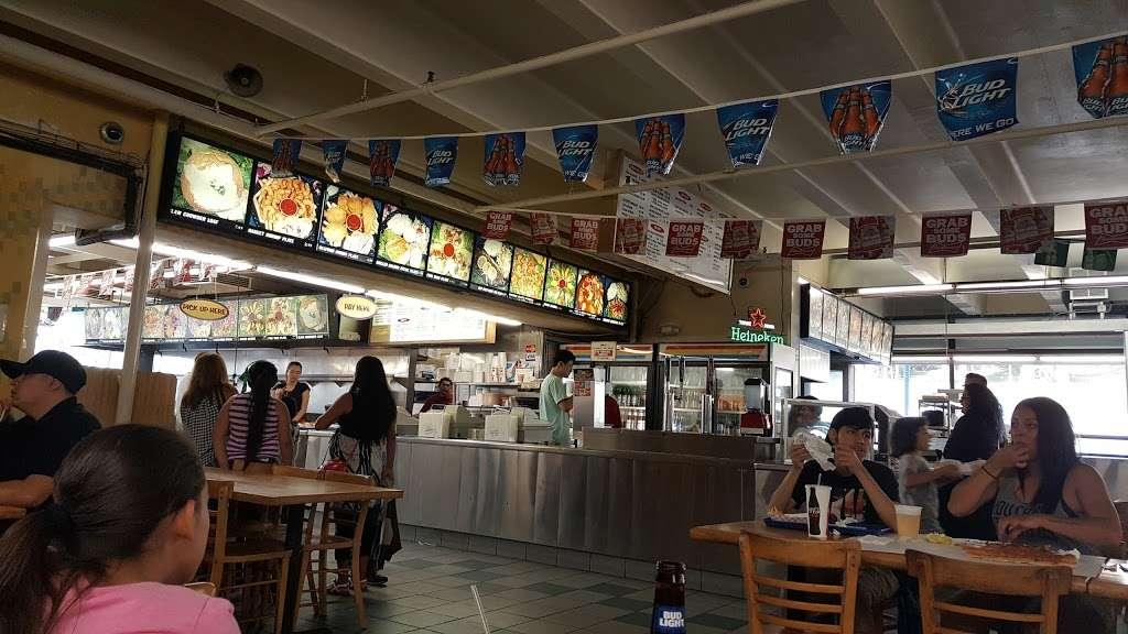 Fun Fish Market - restaurant  | Photo 6 of 10 | Address: 123 International Boardwalk, Redondo Beach, CA 90277, USA | Phone: (310) 374-4277
